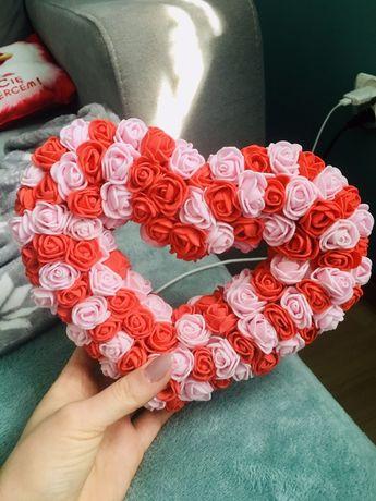 ! Serce z różyczek.