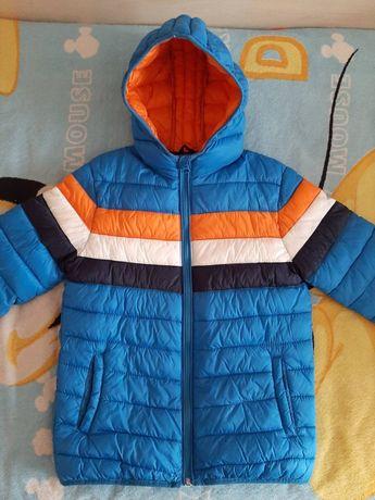 Куртка осень-весна  на мальчика 10-12лет рост от 140 до 154