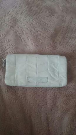 Кожаный кошелёк John Rocha