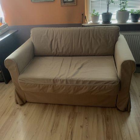 Sofa ikea 2-osobowa rozkładana, z pojemnikiem, beżowa