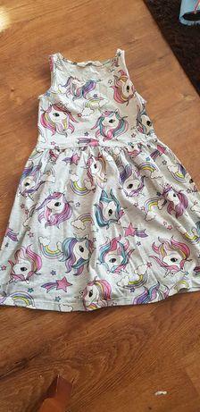 Sukienka w jednorożce