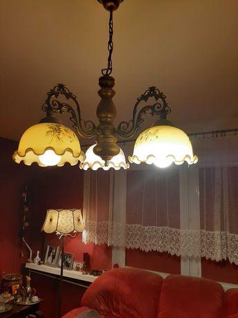 Lampa trojramienna w starym stylu