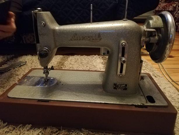 Maszyna Łucznik kl. 82