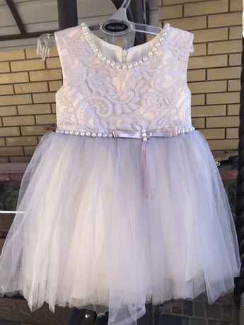 Продам нарядное платье) Одели один раз на годик)