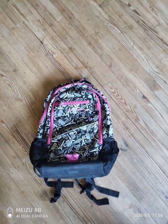 Ортопедический рюкзак в школу