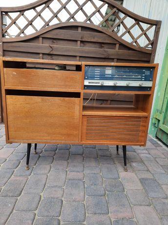 radio z gramofonem z lat 70tych