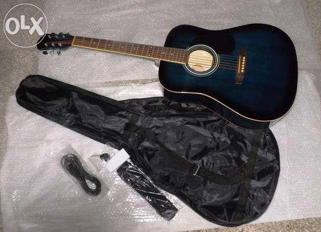 Guitarra western de várias cores MSA