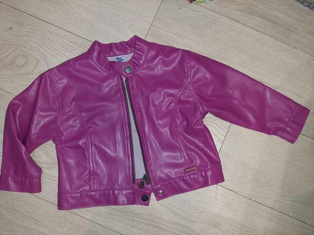 Стильная легкая куртка для девочки эко кожа р.104
