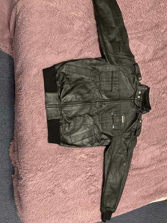 Кожаная новая куртка