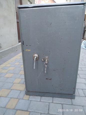 Продам сейф для документов или инструмента СО-1