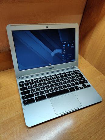 Samsung XE303C12 Chromebook Ноутбук