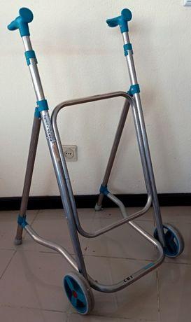 ANDADOR de carro - FORTA - como nova - Car walker FORTA like new