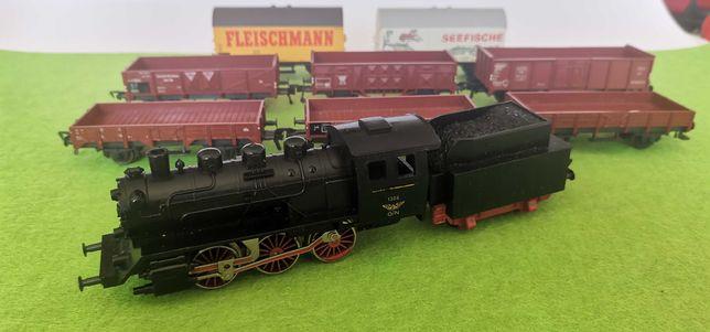 Comboio locomotiva carruagem  Fleischmann  ho 1/87