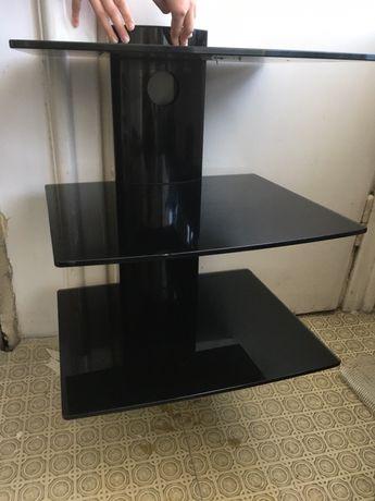 Szklana szafka pod telewizor