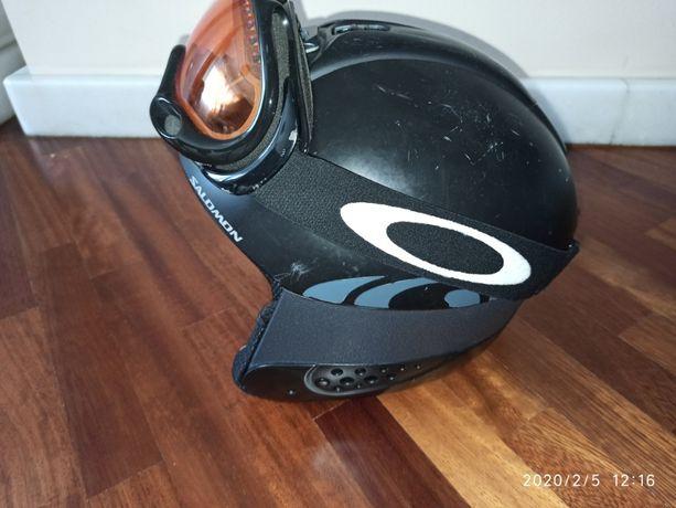 Kask narciarski snowboardowy Salomon i gogle Oakley