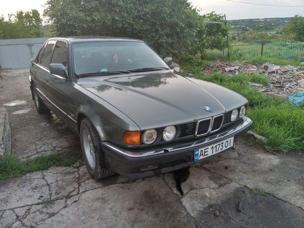 Продам BMW.730i несрочно.