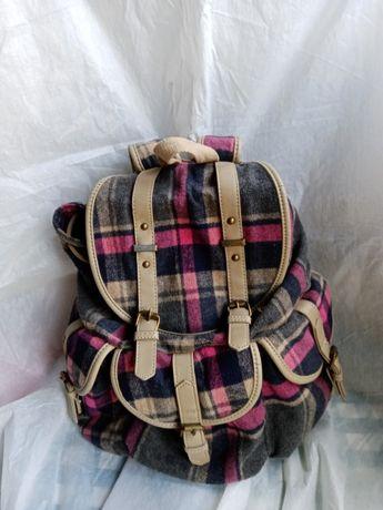 Рюкзак                             .