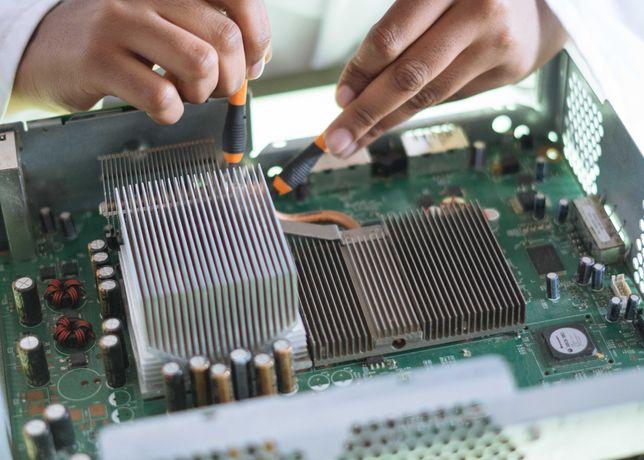 Serviço de Reparação de Computadores e Smartphones