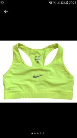 Топ Nike. Топик спортивный.