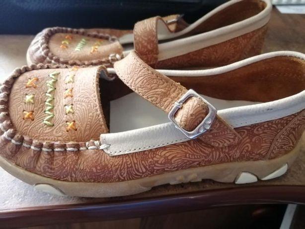 Туфли на девочку (натуральная кожа) Испания