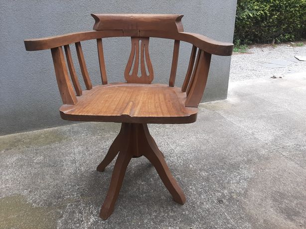 Cadeira antiga vintage