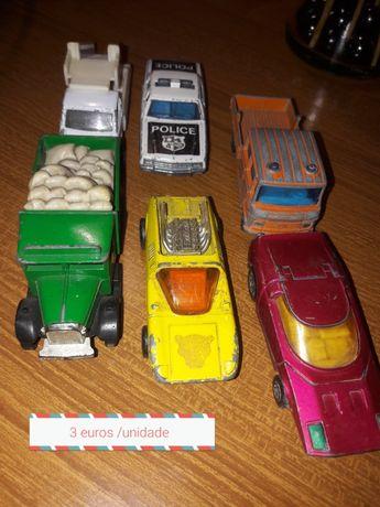 Miniaturas matchbox majorette e outras