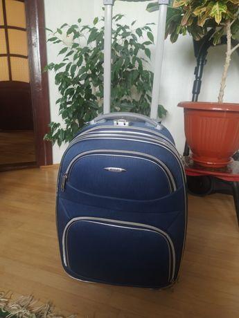 Валіза ручна кладь поклажа чемодан