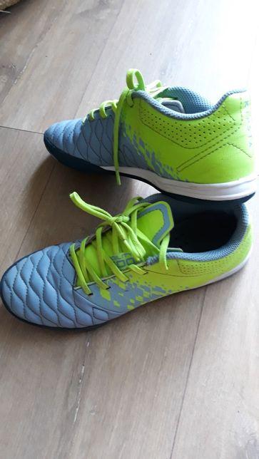 Buty sportowe KIPSTA halówki