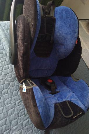 Продам дитяче автокрісло+ база Isofix 0+місяців Recaro
