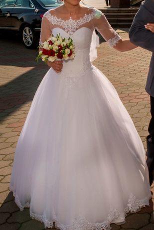 Wyjątkowa suknia ślubna rozm. 34-36