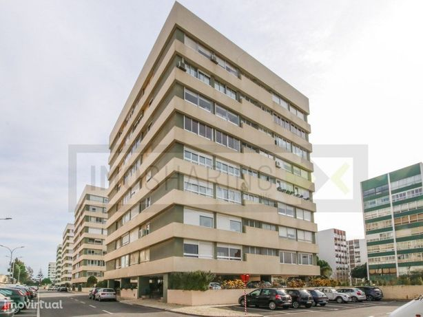 OEIRAS - Apartamento T3 remodelado na Quinta do Marquês