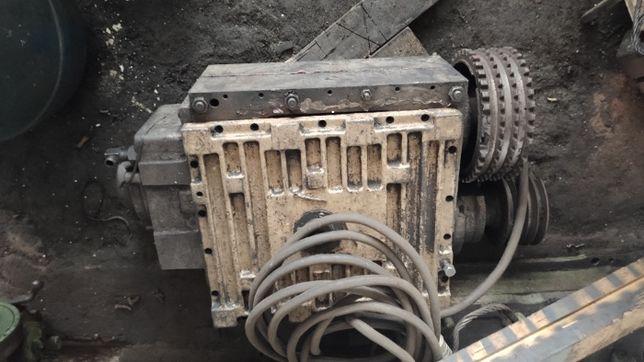 коробка скоростей, задняя бабка, малая продольная ФТ11 (16Б25) запчаст