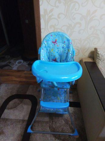 Коляска децкая, столик для кормления