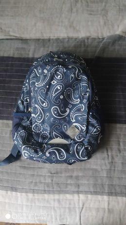 Plecak szkolny granatowy