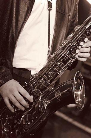 Aulas de saxofone para iniciantes ou intermediarios