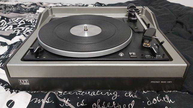Gramofon PE3044