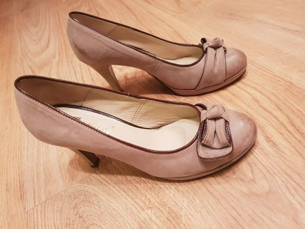 Buty skórzane beżowe rozmiar 39 jak nowe