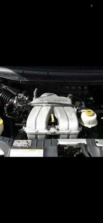 Двигатель Двигун Мотор Chrysler Voyager 2.4 бензин 2003р