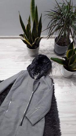 Szary płaszcz zimowy / jesienny z kapturem