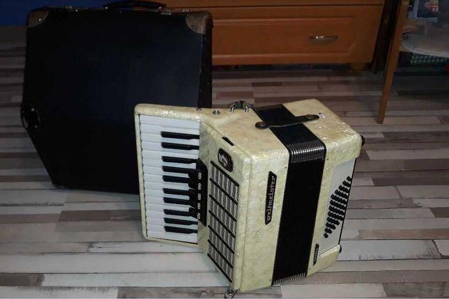 Piękny Akordeon WELTMEISTER 40 basów