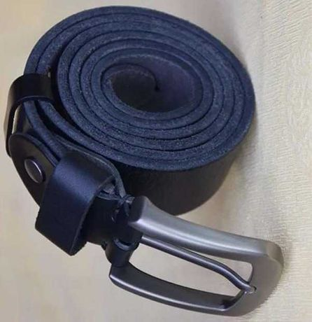 Ремень кожаный мужской черный 105 см
