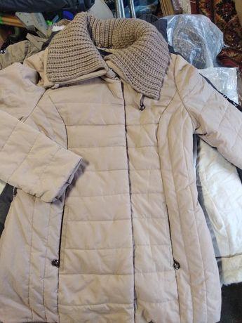 Жіноча нова куртка