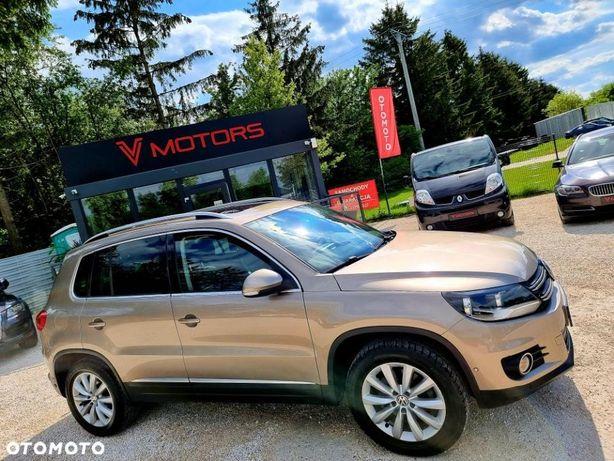 Volkswagen Tiguan ___highline___skóra Navi Panorama Sam Parkuje