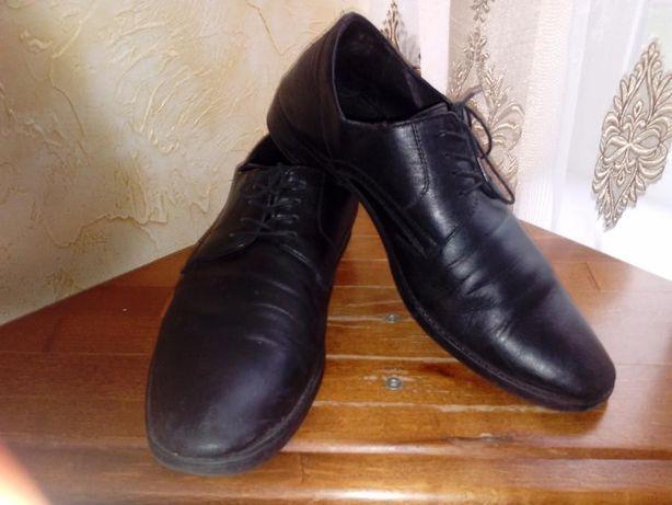 Шкіряні туфлі 38,39,41