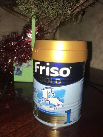 Сухая смесь для детского питания Friso Gold