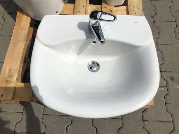 Umywalka łazienka ROCA