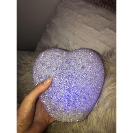 Lampka lampion świecący w kształcie serca na baterie