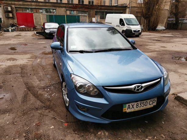 Продам авто Hyundai i-30 2011 г. выпуска на ходу, в отличном состоянии