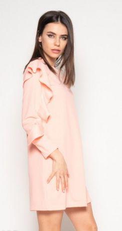 платье стильное персик размер М в стиле Zara