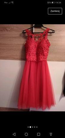Sukienka tiul czerwona